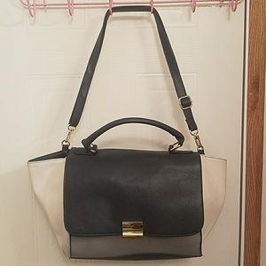 Color blocking purse